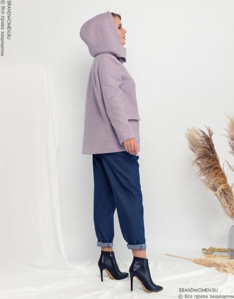 Полупальто с капюшоном и накладными карманами