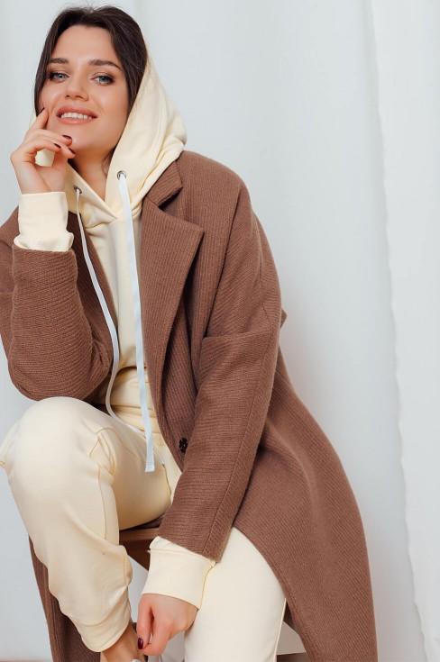Пальто с рукавами летучая мышь и поясом