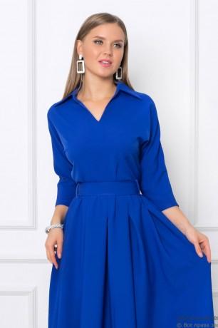 Платье-макси с отложным воротником и карманами