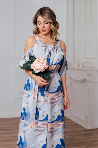 Длинное платье на лямках со спущенными плечами
