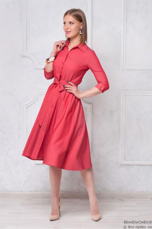 Платье-рубашка длины миди с пуговицами