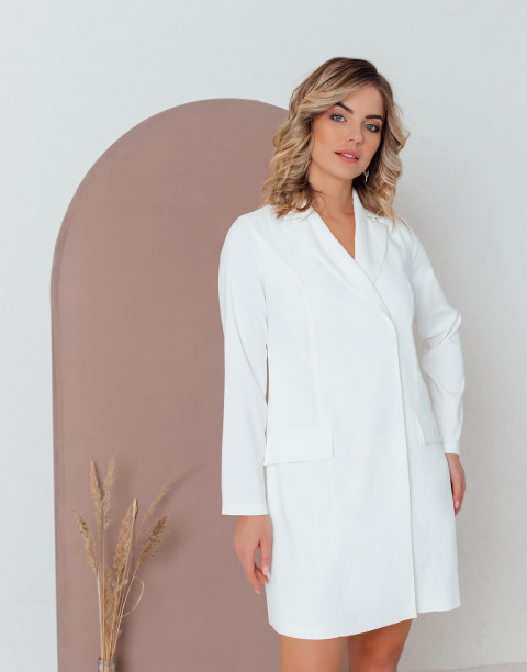 Платье-пиджак прямого кроя