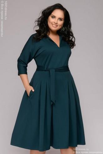 Платье-миди с отложным воротником