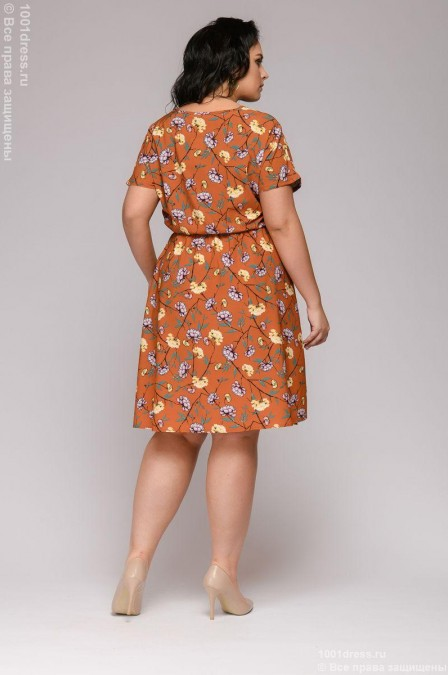 Платье с цветочным принтом и короткими рукавами