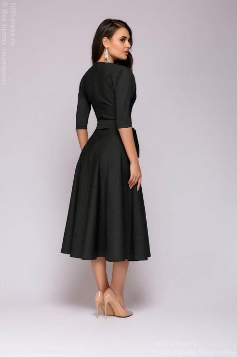 Платье-миди с рукавом