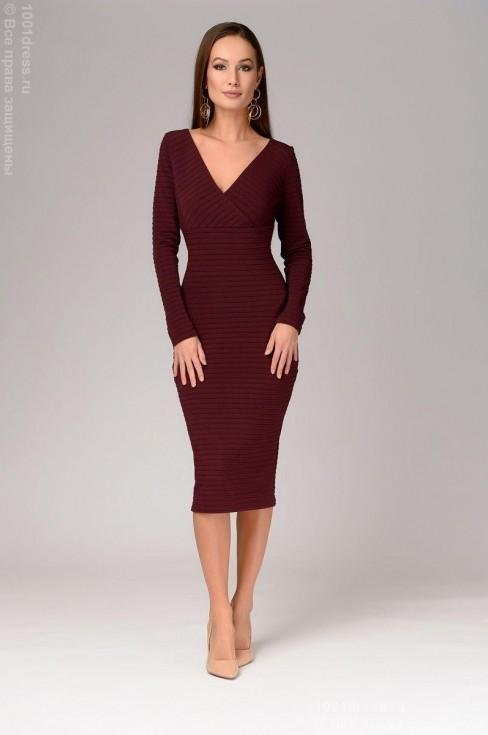 Платье-миди из рельефного трикотажа
