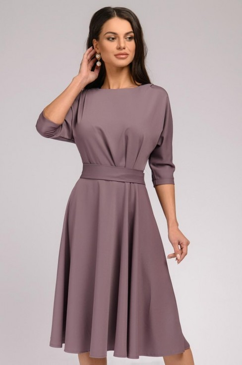 Платье-миди с защипами на талии