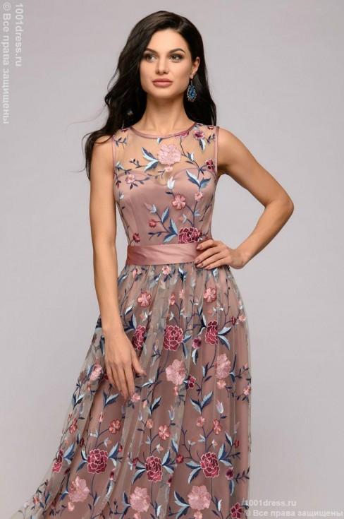Платье-макси с вышивкой