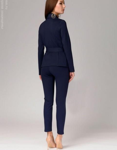 Трикотажный костюм-двойка с брюками