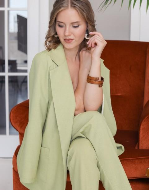 Костюм из брюк и пиджака
