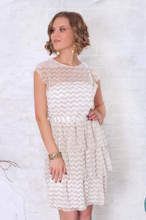 Платье-мини в стиле