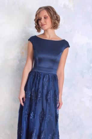 Платье в пол с кружевной юбкой