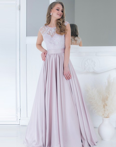 Платье в пол со стразами на лифе