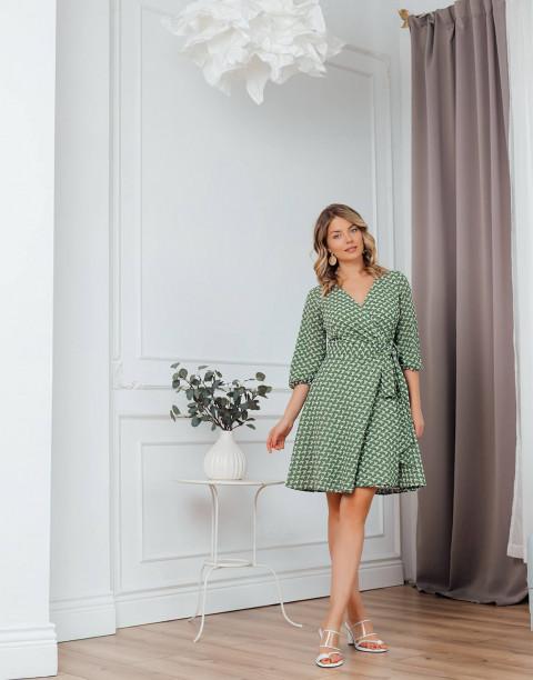 Платье длины мини на запах
