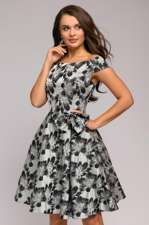 Платье с пышной юбкой-миди и открытыми плечами